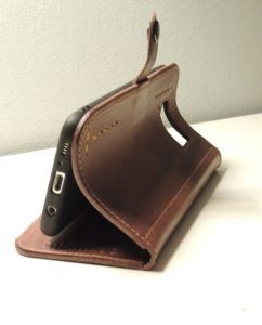mishnóc leather phone cover