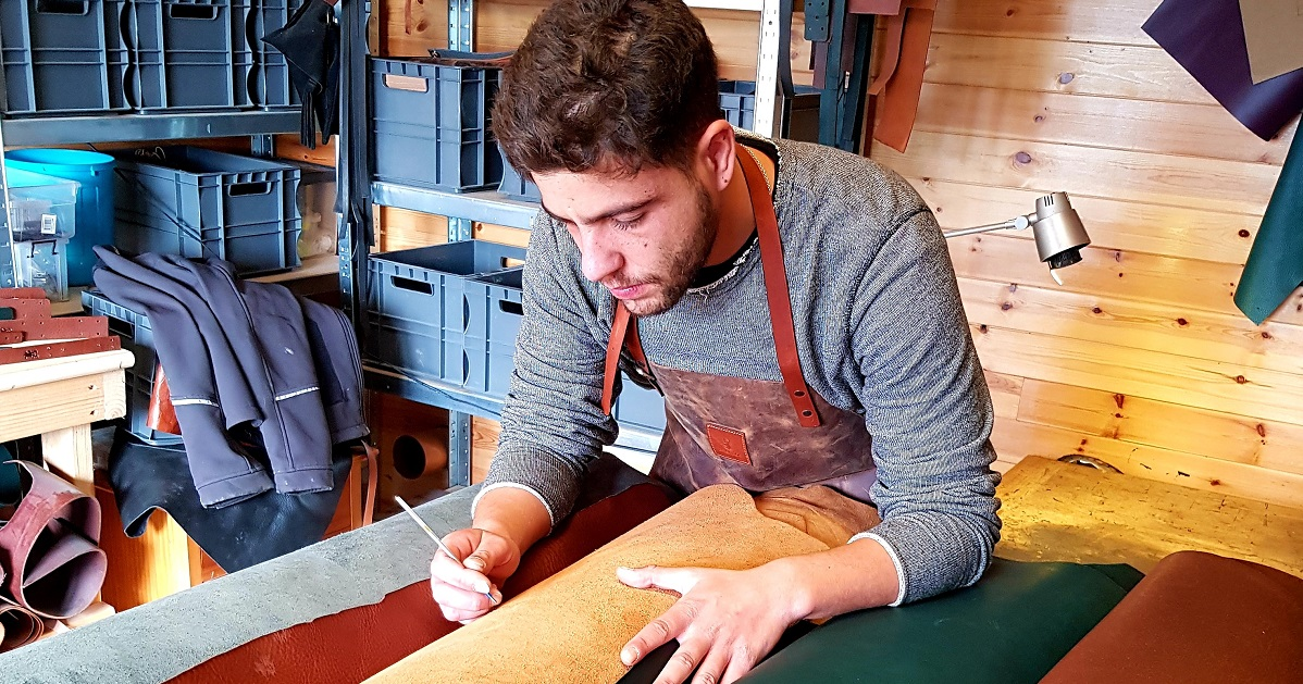 mishnóc Leather Worker Ireland